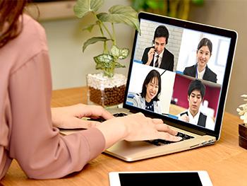 見た目、話し方、通信状況…Web会議で気を付けていることってある?