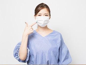 マスクをつけるときのメイク、みんなの悩みと対策は?