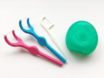 デンタルフロス(歯間ブラシ)を使う習慣はある?