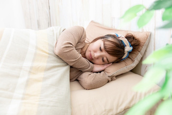 部屋で過ごすときと寝るときの格好は同じ?
