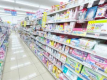 洗顔や化粧水、乳液などの基礎化粧品、どこで買うことが多い?